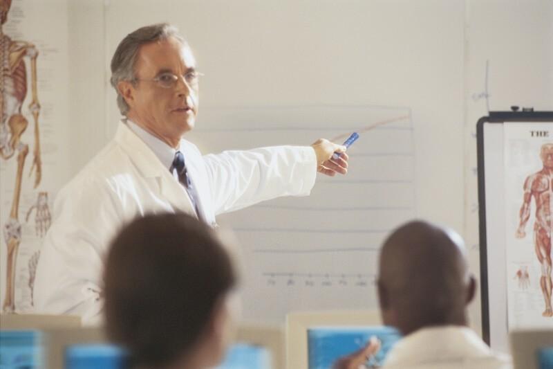 Job som underviser - FADLs Vagtbureau